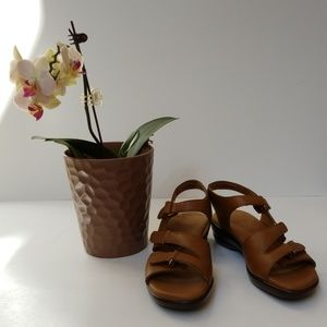 SAS Leather Sandals Size 8 N